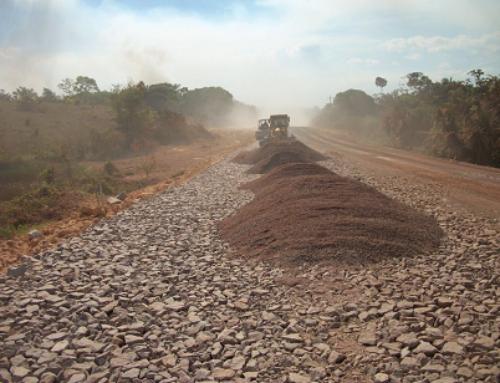 Obras de pavimentação na BR-163 continuam, diz DNIT